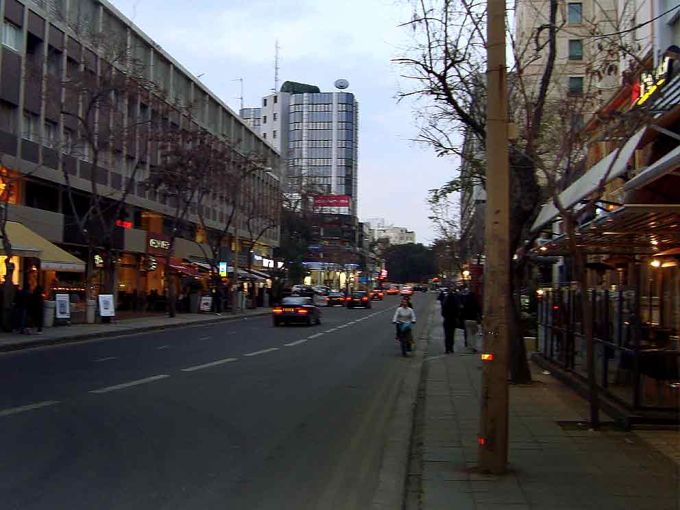 Shopping at Makarios Avenue, Stassicratous & Ledras Street